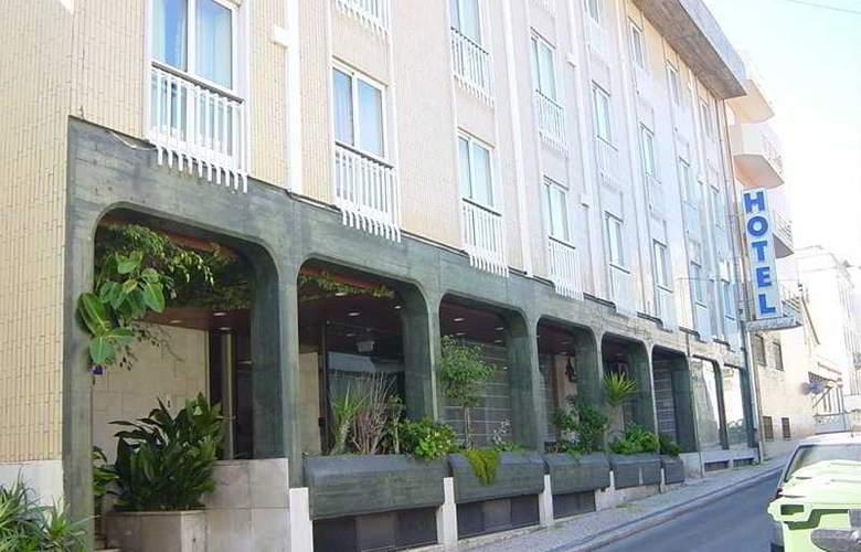 Costa de Prata II - Hotel - 0