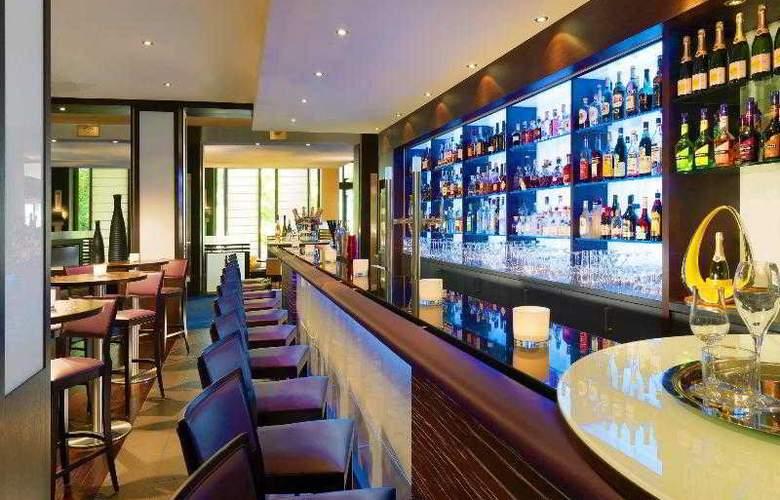 Sheraton Essen Hotel - Bar - 19