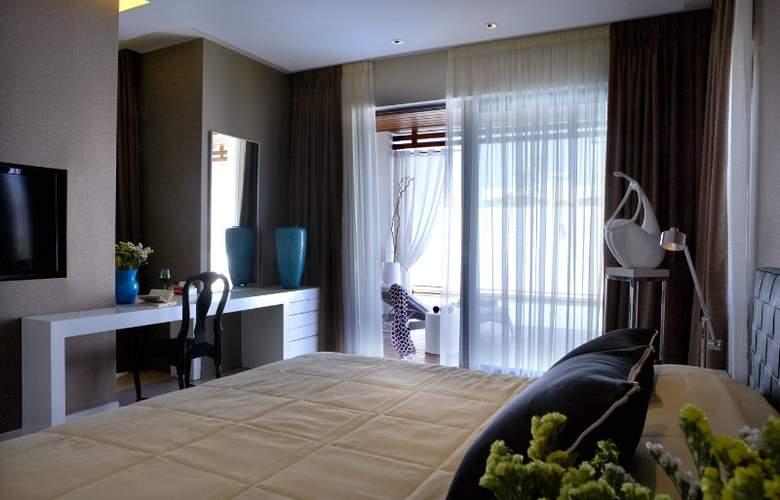 Pelagos Suites Hotel - Room - 5