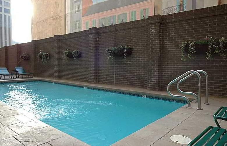 Staybridge Suites - New Orleans - Pool - 5