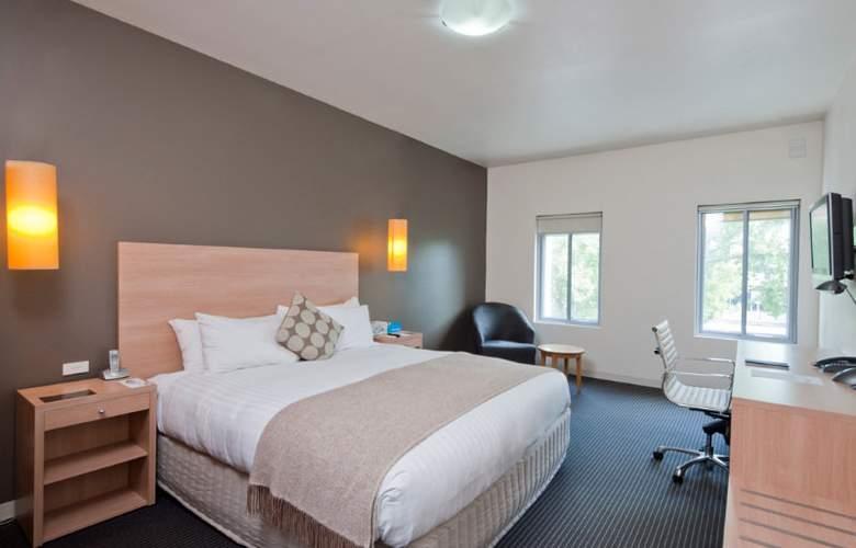 Urban St Kilda - Room - 3