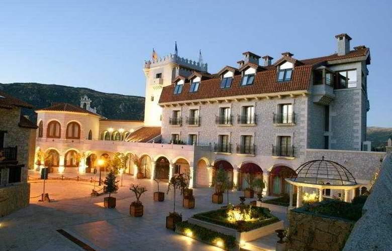 Real de Bohoyo - Hotel - 0