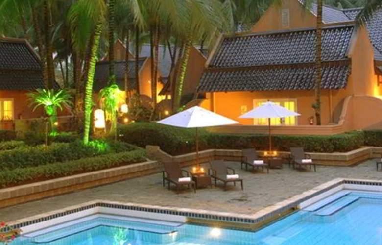 Aryaduta Lippo Village - Pool - 5