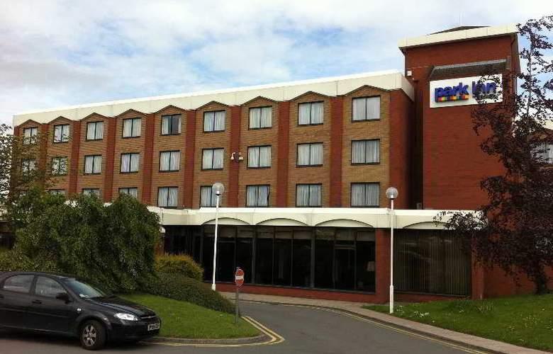 Park Inn Telford by Radisson - Hotel - 0