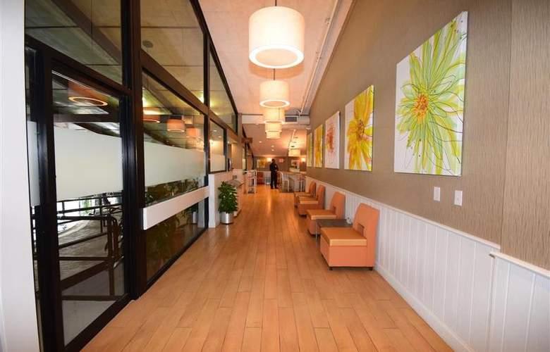 Best Western TLC Hotel - Restaurant - 88