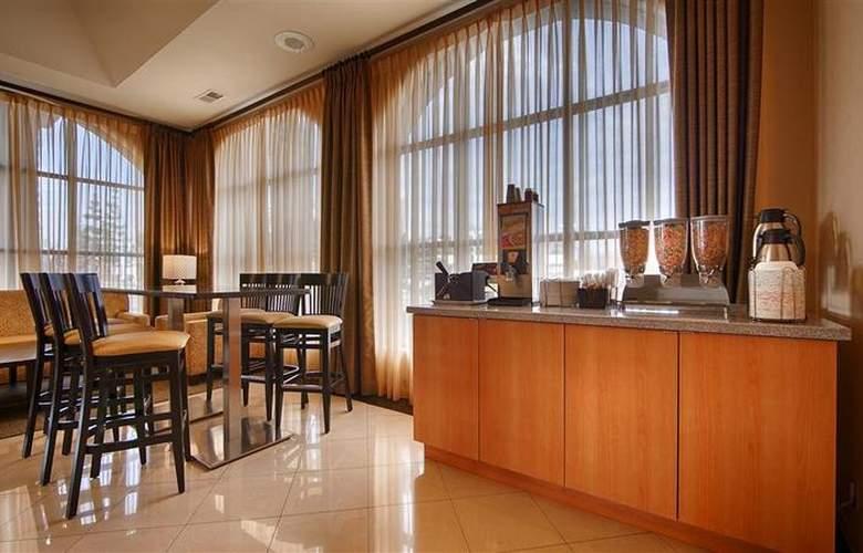 Best Western Norwalk Inn - Room - 33