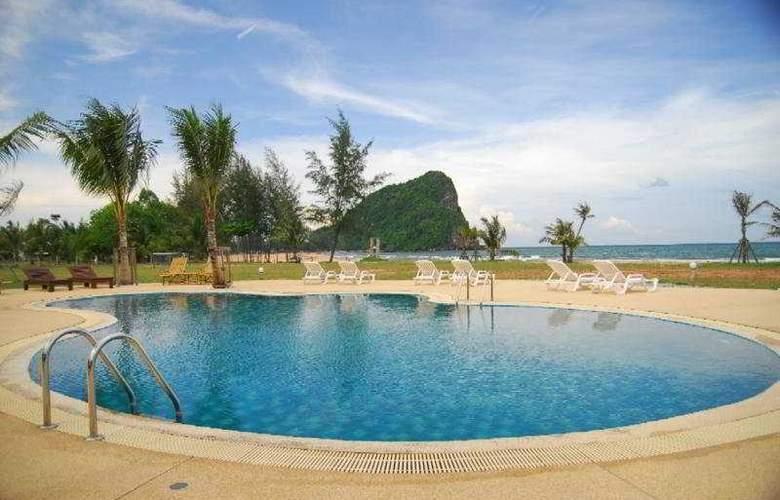 Siam Society Beach Resort @ Bangburd - Pool - 11