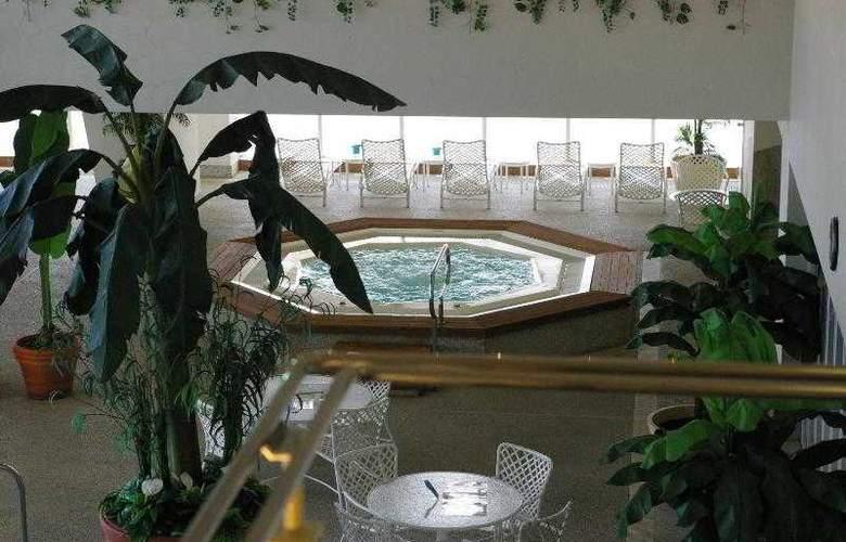 Kobe Meriken Park Oriental - Hotel - 2