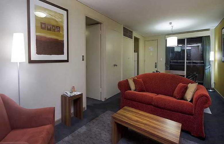 Emu Walk Apartments by Voyages - Room - 5