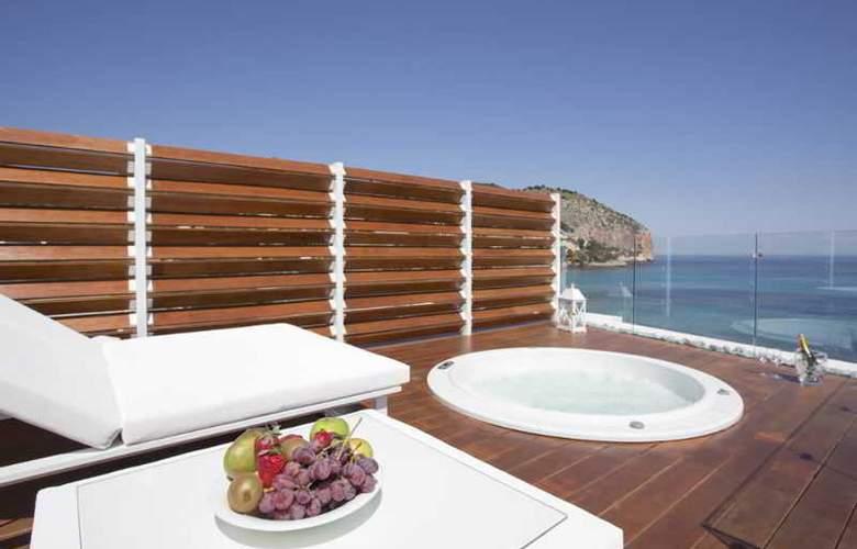Melbeach Hotel & Spa - Pool - 13