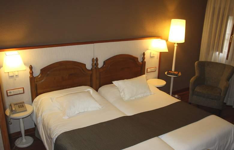 Infantado - Room - 8