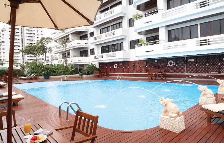 Centre Point Sukumvit Soi 10 - Pool - 26