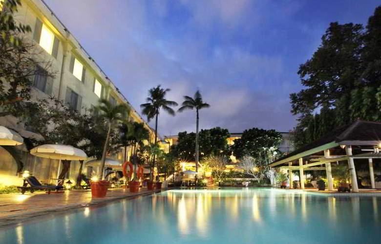 Saphir Yogyakarta - Pool - 16