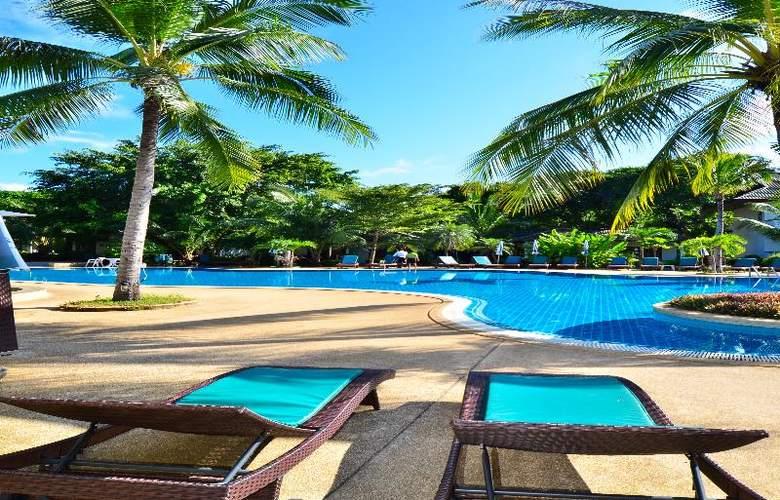 First Bungalow Beach Resort - Hotel - 18