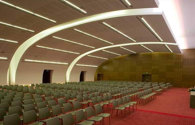 Lagoas Park - Conference - 8