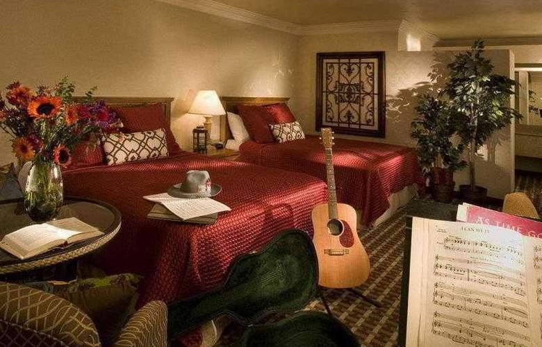 Best Western Plus Garden Inn - Hotel - 0