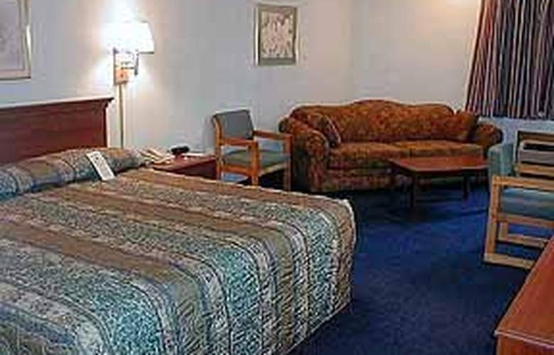 Econo Lodge & Suites - Room - 4