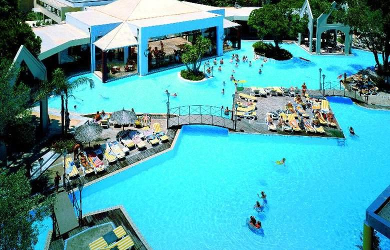 Dionysos - Pool - 4