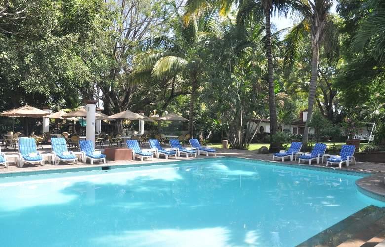 Misión Cuernavaca - Pool - 2
