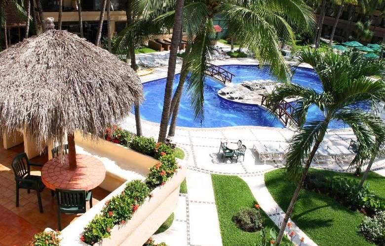 Villa Del Mar Resort & Spa - Pool - 12