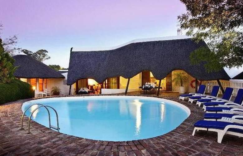Protea Hotel Oudtshoorn Riempie Estate - Pool - 3