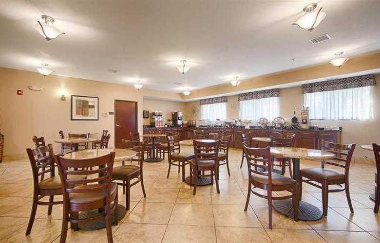Best Western Plus Eastgate Inn & Suites - Hotel - 45