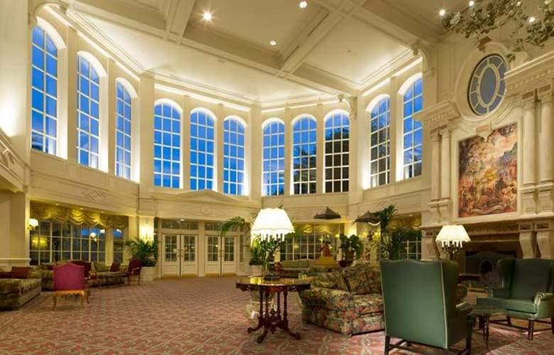 Disneyland Hotel - General - 1