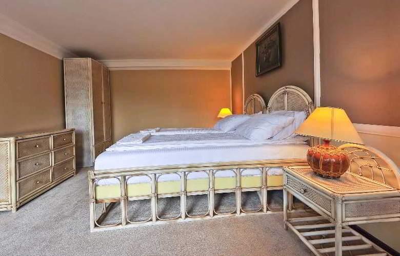 Villa Saga Paradiso - Room - 26