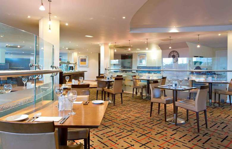 Leonardo London Heathrow - Restaurant - 18