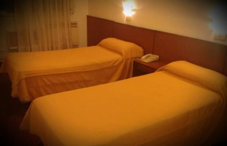Gran Hotel Orly - Room - 13