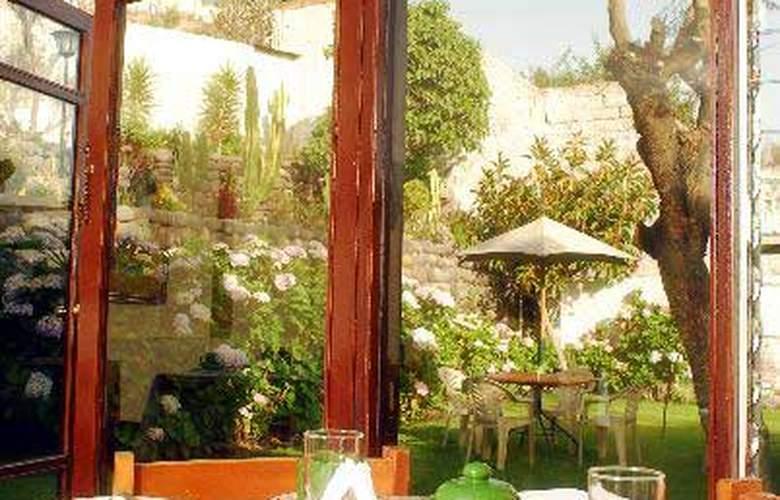 La Gruta - Restaurant - 2