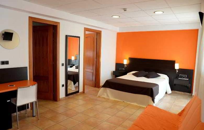 Pinar del Mar - Room - 15