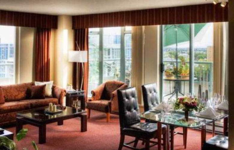 Executive Airport Plaza & Conference Centre - Room - 6