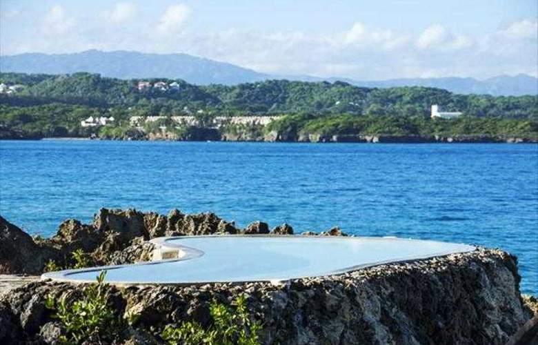 Casa Marina Beach & Reef - Pool - 20