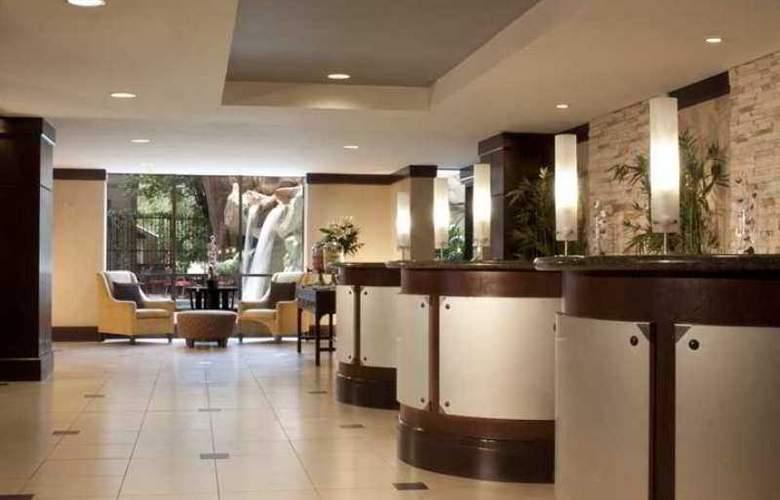 Hilton Garden Inn Austin Downtown - Hotel - 8