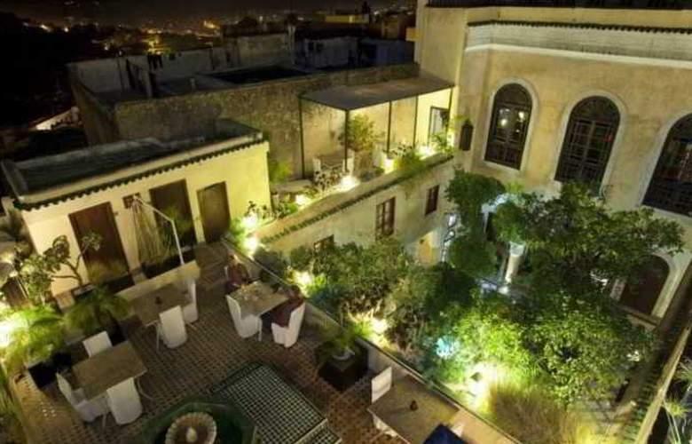 Riad Maison Bleue & Spa - Terrace - 9