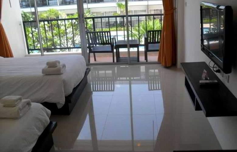 BS Premier Airport Hotel - Room - 4