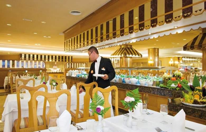 Riu Paraiso Lanzarote Resort - Restaurant - 17