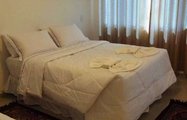 Falcon Guest Suites - Room - 7