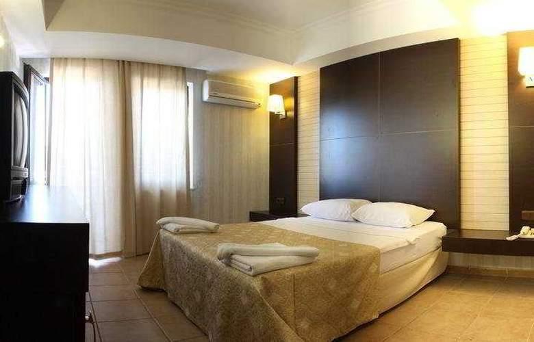 Munamar Beach Resort - Room - 4