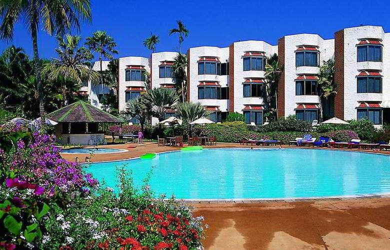 Palmeraie Beach Hotel Rayong - Pool - 5