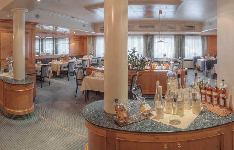 Best Western Ambassador Hotel Bosten - Restaurant - 55