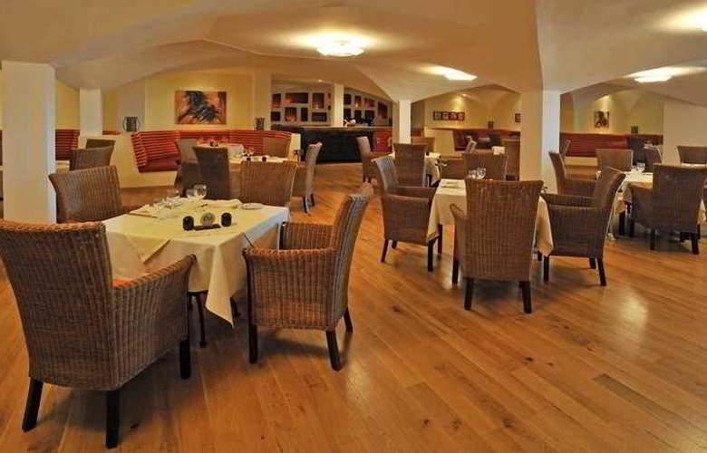 Pestana Viking Resort - Restaurant - 11