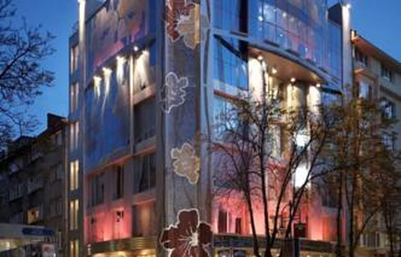 Les Fleurs Boutique Hotel - Hotel - 4