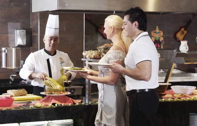 Sandos Monaco Beach Hotel and Spa - Restaurant - 32