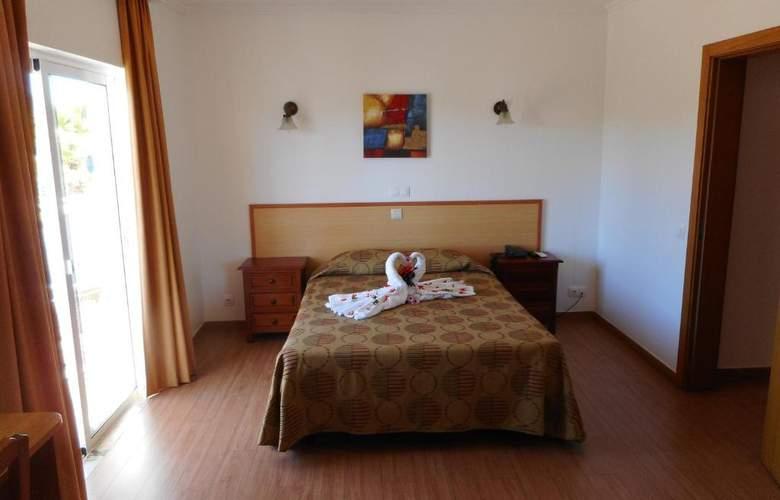 Agua Marinha Residencial - Room - 5