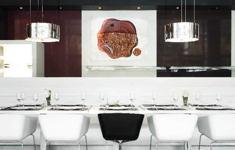 Ilunion Atrium - Restaurant - 34