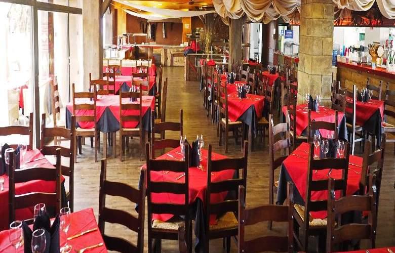 Pirates Village - Restaurant - 6
