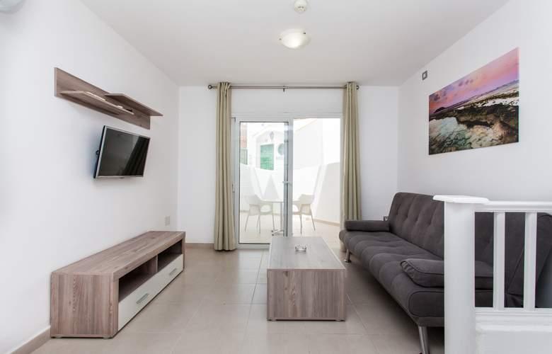 Caleta Playa - Room - 3