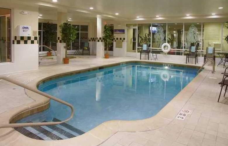 Hilton Garden Inn Saratoga Springs - Hotel - 3